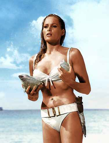 Ursula Andress Photo Gallery