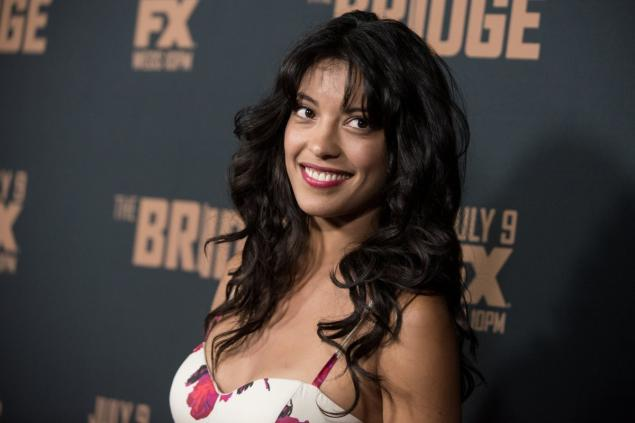 stephanie sigman biography