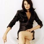 Famke-Janssen-Goldeneye-Sexy-Leather-Coat